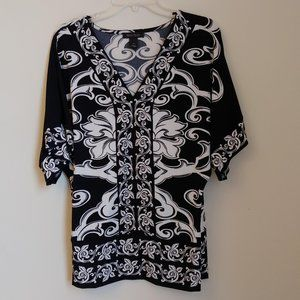 WHBM Black White V Neck Blouse Size S Pattern